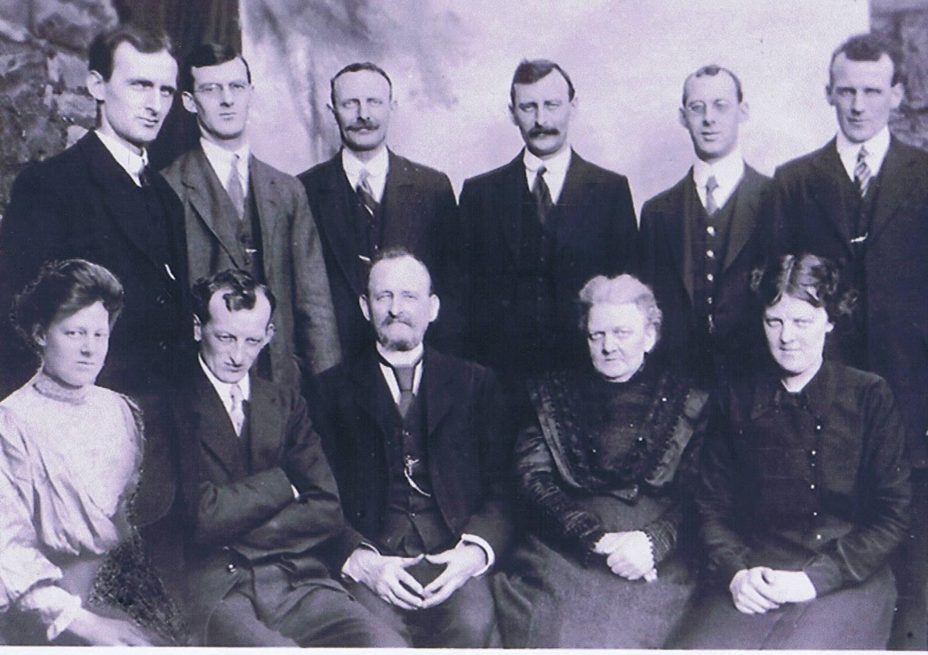 The Thomas Clan, 1914